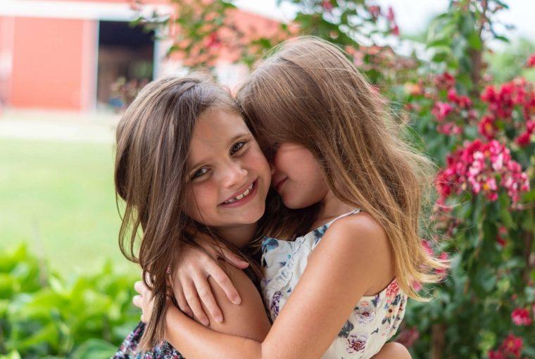 מריבות בין אחיות
