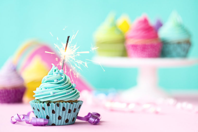 Canva cupcake with sparkler 1 760x510